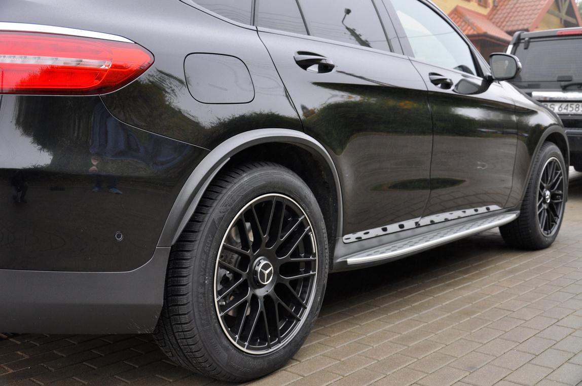 RACING LINE RBY1268 hliníkové disky 9x20 5x112 ET48 BLP - Black + polished